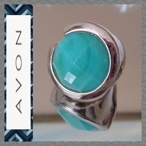 Gently Used Avon Faceted Turquoise Fashion Ring